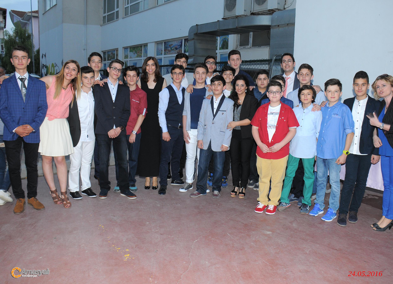 Özel Serdivan Kale Ortaokulu 8. Sınıf Öğrencimizin Mezuniyet Gecesi