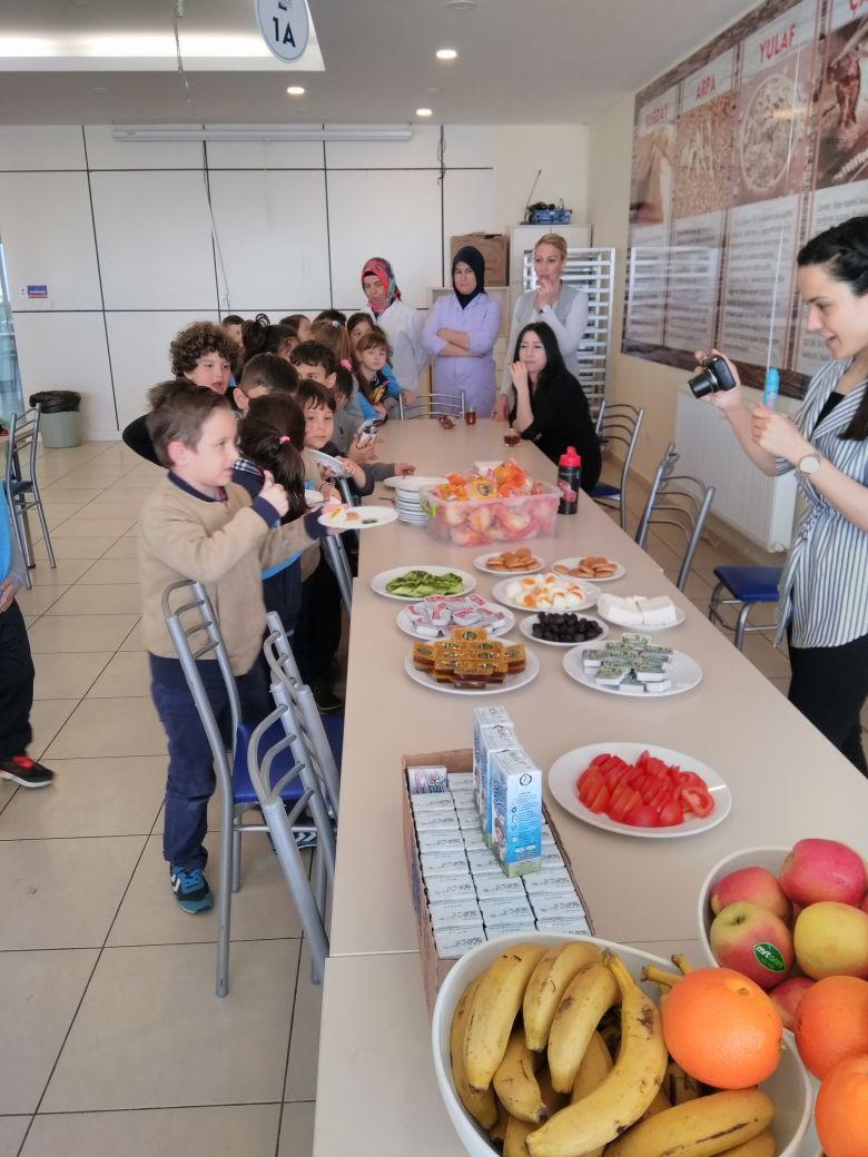 1.Sınıflar Food Party