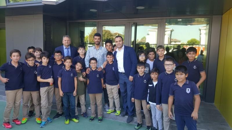 Tuzla Kale Okulları Dünya Şampiyonu Kenan Sofuoğlu'nu ağırladı.