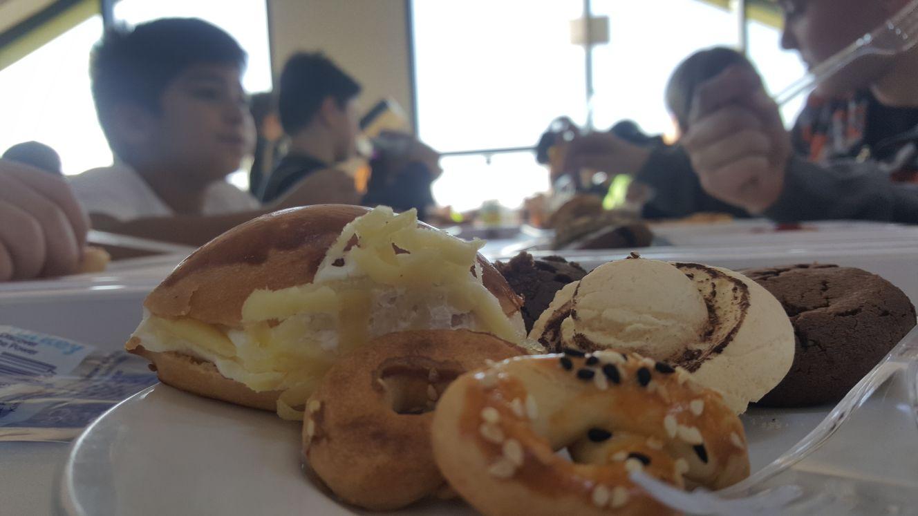 5.sınıflar yiyecek ünitesi, yemekhanede verilen food parti