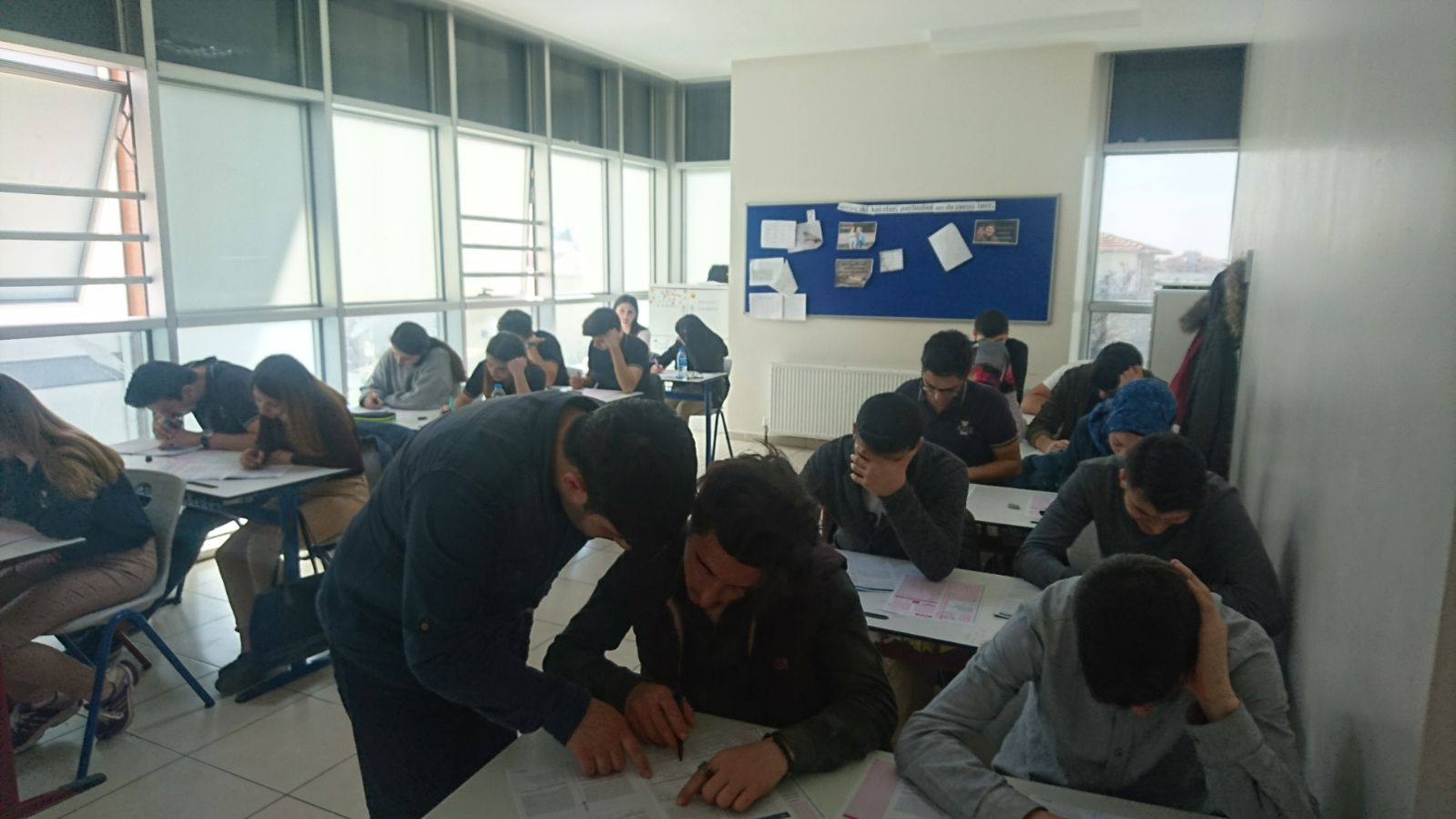 Özel Tuzla Kale Anadolu Lisesi öğrencileri her ayın ilk haftası düzenli olarak olan denememizden bir